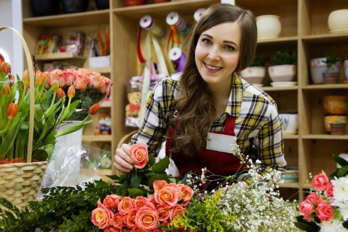 Kundenkontakt in der Bewerbung: Formulierungen, Beispiele & Muster